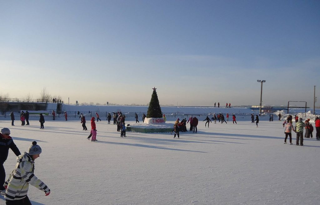Каток «Горячий лед» в Заельцовском парке