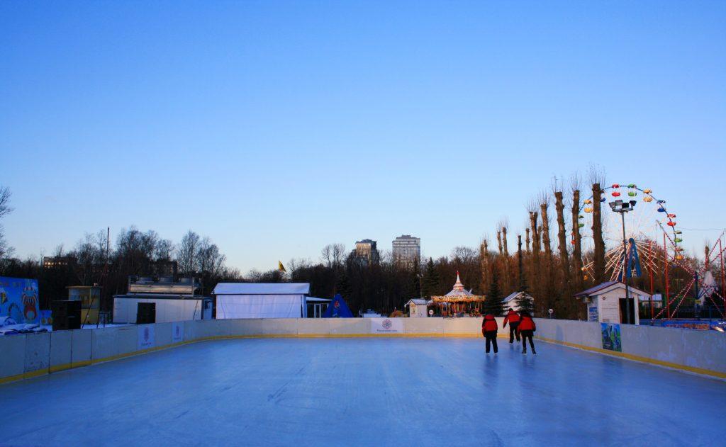 Каток в Гагарин парке