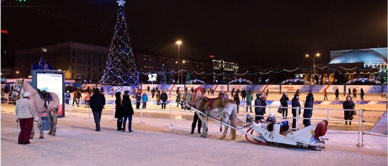 Новый год в Новосибирске 2019/2020, Главная елка, ледовые горки и каток