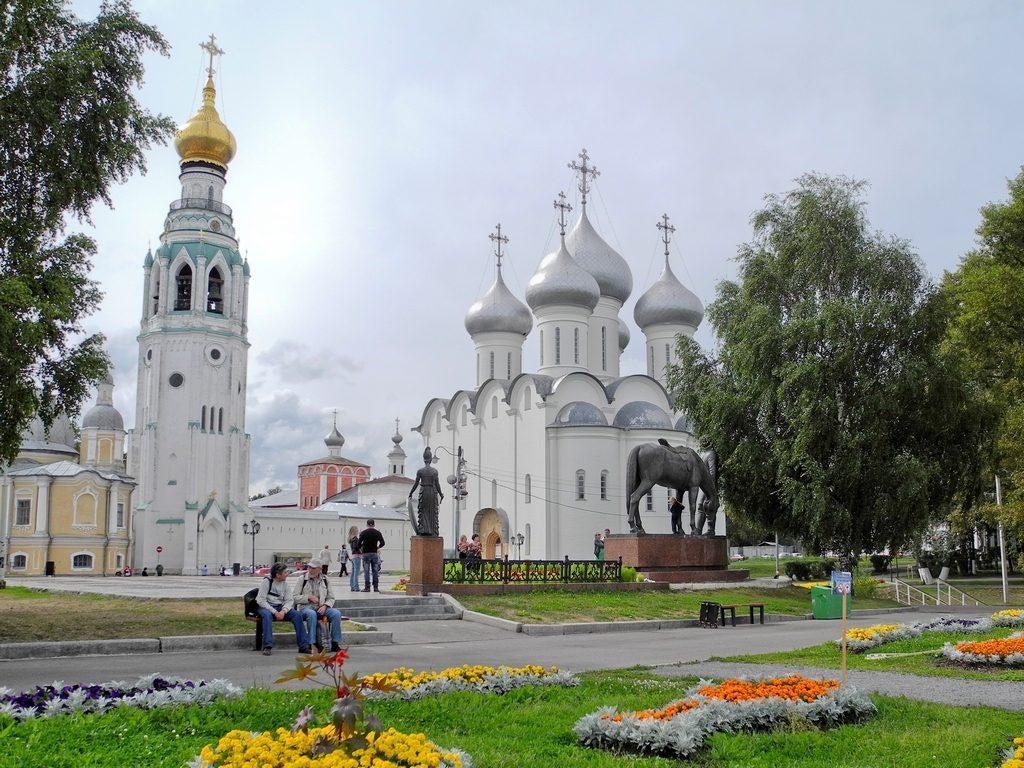 Кремлевская набережная Вологды