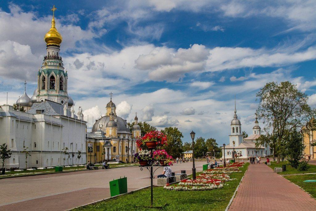 Кремлевская набережная р. Вологда