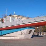Бронекатер-памятник кораблям Амурской флотилии
