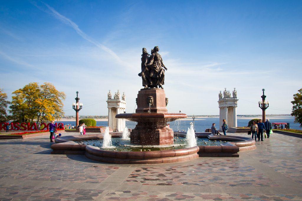 набережная 62 Армии Волгограда фонтан