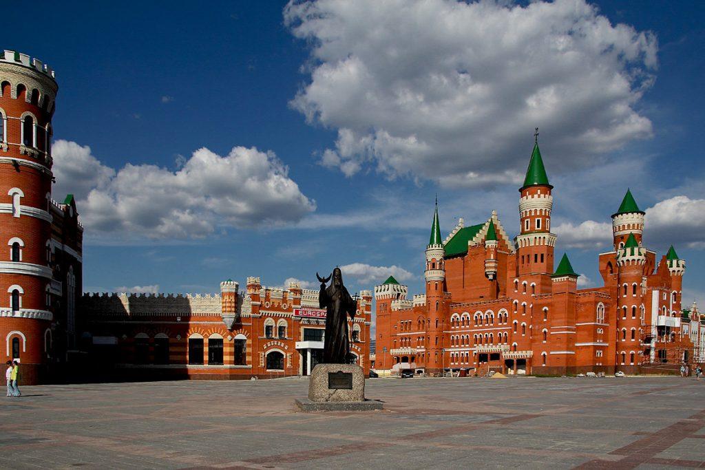 Патриаршая площадь набережной Йошкар-Олы фото MILAV V