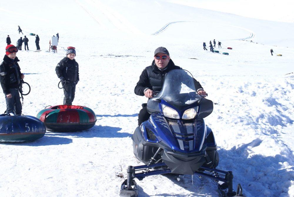 катание на снегоходах в Чиндирчеро