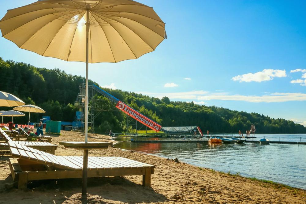 Отдых в летнее время Красное озеро - горнолыжный курорт в Коробицыно