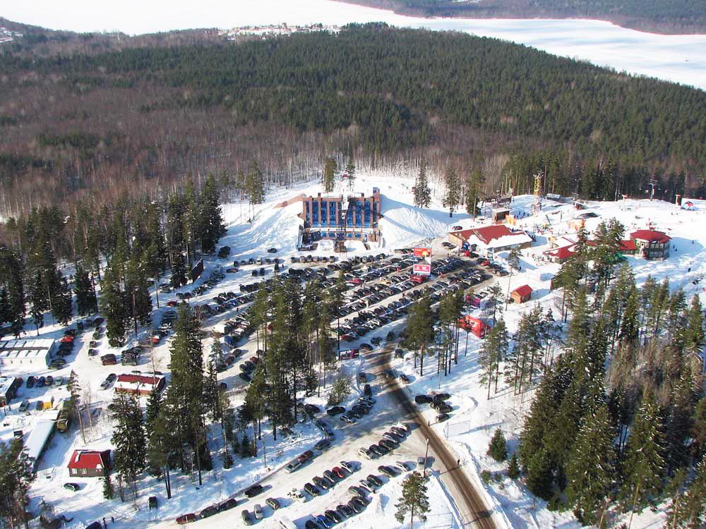 Красное озеро - горнолыжный курорт в Коробицыно