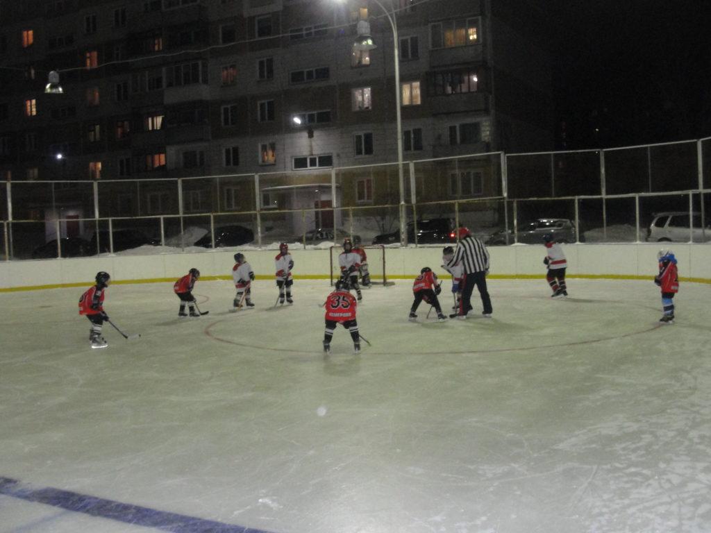 Ледовая площадка клуба Факел Кемерово